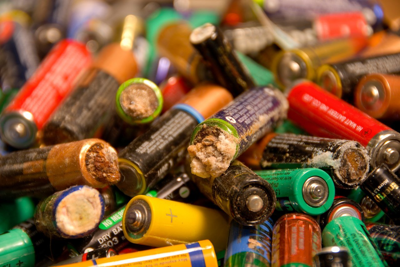 Картинка переработка батарейки
